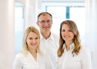 Vl. Zahnärztin Julia Lorenz, Dr. Gerhard Fries, Dr. Martha Hoh